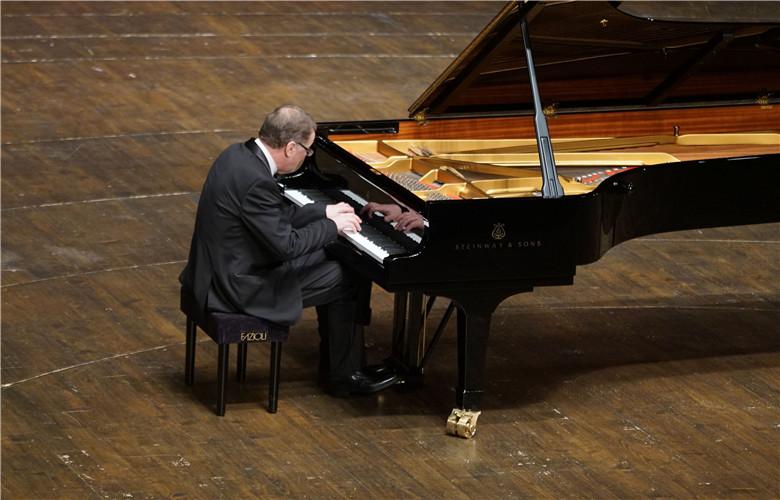 """The Golden Sound""-Nikolai Demidenko Piano Solo Concert"