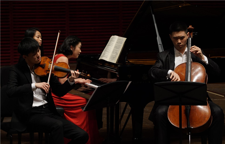 """The Proud of Shenzhen""-Concert of Shenzhen Youth Artists"