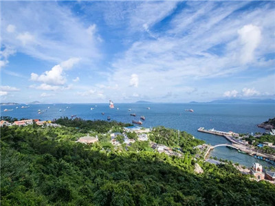 Escape the city crowds in 70 minutes: Wai Lingding Island offers a cool summer vacation