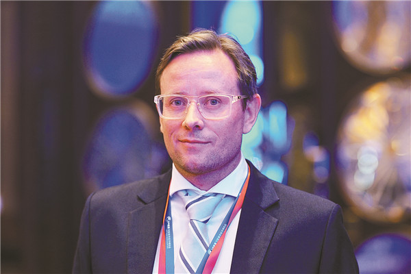 Digitalization pushes shipping industry to go forward: expert