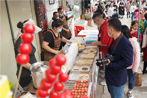 Shenzhen tops China's nighttime consumer spending
