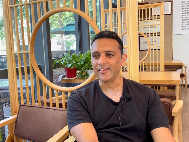 Silicon Valley entrepreneur pursues a career in GBA